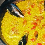 Prime-quality rice and fish paella from the Ebro Delta.